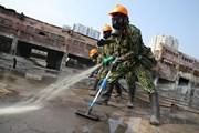 [Photo] Công ty Rạng Đông trông ra sao sau khi được tẩy độc?