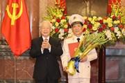 Trao quyết định thăng cấp bậc hàm đối với Thứ trưởng Nguyễn Văn Sơn
