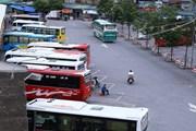 Xe khách liên tỉnh được hoạt động trở lại, bến xe Hà Nội vẫn vắng vẻ