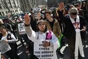Thêm nhiều bang tại Mỹ phản đối lệnh cấm nhập cảnh mới