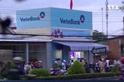 [Video] Đối tượng cầm súng cướp ngân hàng Vietinbank Tiền Giang