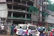 [Video] Ba công nhân bị thương nặng do sập giàn đỡ tại TP. HCM