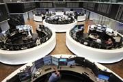 Thị trường chứng khoán toàn cầu đồng loạt giảm điểm