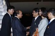 [Photo] Thủ tướng Nguyễn Xuân Phúc đến Tokyo, bắt đầu thăm Nhật Bản