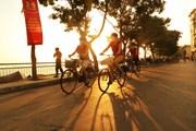 Hình ảnh thủ đô Hà Nội dịu dàng trong nắng vàng đầu Thu