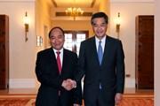 Thủ tướng hội kiến Trưởng khu hành chính đặc biệt Hong Kong