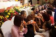 """Xúc động lễ """"Vu Lan báo hiếu"""" của cộng đồng người Việt tại Séc"""