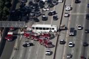 Đâm xe liên hoàn tại Los Angeles, hàng chục người bị thương