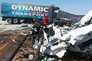 Xe tải mất lái gây tai nạn liên hoàn làm 27 người chết ở Nam Phi