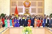 Thủ tướng gặp gỡ các nhà giáo, cán bộ quản lý giáo dục tiêu biểu