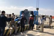 Lật xe khách ở Quảng Ninh làm 1 người tử vong, 2 người bị thương nặng