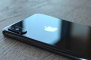 Cổ phiếu Apple lao dốc tới 9% sau khi hạ dự báo doanh thu quý