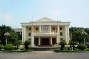 Trao huân chương của Lào tặng tập thể, cá nhân Văn phòng TW Đảng