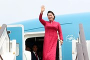 Hình ảnh Chủ tịch Quốc hội đến thủ đô Bắc Kinh của Trung Quốc