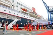 Hình ảnh tàu thanh niên Đông Nam Á và Nhật Bản đến Việt Nam