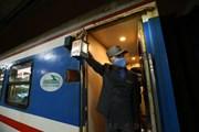 [Photo] Lặng lẽ những chuyến tàu trong mùa dịch COVID-19