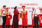Chủ tịch Quốc hội dự Lễ khai giảng tại trường Chuyên Lê Hồng Phong