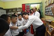 Nhiều trường trong cả nước tiếp tục tổ chức khai giảng năm học mới