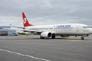 Romania: Máy bay hạ cánh khẩn cấp vì khách mắc thương hàn