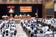 Bí thư Thành ủy Nguyễn Thiện Nhân tiếp xúc cử tri Quận 4