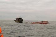 Bạc Liêu: Sà lan đứt dây neo nhấn chìm 3 phương tiện đường thủy