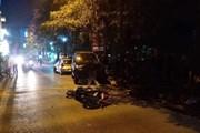 Va chạm giao thông ngã ra đường, hai vợ chồng bị xe container cán chết