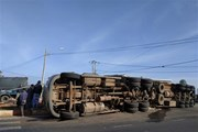 Đắk Lắk: Xe container va chạm với xe 9 chỗ, 1 người bị thương nặng