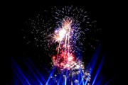 Pháo hoa rực sáng trong đêm Khai mạc Lễ hội Hoa phượng đỏ Hải Phòng