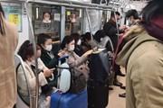 Người Nhật thi nhau đeo khẩu trang phòng chống dịch COVID-19