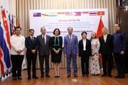 Việt Nam trao tặng vật tư y tế hỗ trợ các nước phòng, chống COVID-19
