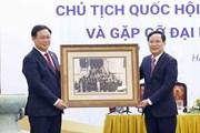 Chủ tịch Quốc hội gặp gỡ đại diện giới doanh nhân Việt Nam