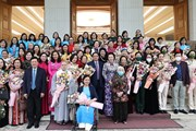 Thủ tướng Phạm Minh Chính gặp mặt các đại biểu phụ nữ tiêu biểu