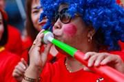 Cổ động viên Việt Nam 'hâm nóng' trận chiến với tuyển Thái Lan