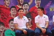 Đoàn Văn Hậu tiết lộ bất ngờ, Quang Hải khó xử trước fan nhí