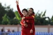 [Photo] Tuyển nữ Việt Nam chia điểm với Thái Lan ở trận ra quân