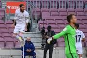 Cận cảnh Barcelona gục ngã trước Real ngay tại thánh địa Nou Camp