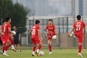 [Photo] Tuyển Việt Nam tập luyện trước trận đấu với Malaysia