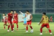 Tuyển Việt Nam tập buổi đầu tại UAE, chuẩn bị cho trận gặp Trung Quốc
