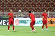 Tuyển Việt Nam làm quen sân Sultan Qaboos, sẵn sàng đối đầu Oman