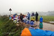 Rác nội thành Hà Nội được 'giải cứu' khi người dân dỡ lán, bỏ chặn xe