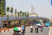 Hà Nội: Phân luồng giao thông nút giao cầu vượt An Dương-Thanh Niên