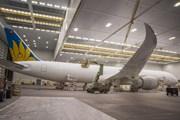 Hé lộ hình ảnh đầu tiên về chiếc Boeing 787-10 của Vietnam Airlines