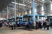 [Photo] Tuyển thủ xe buýt bảo dưỡng, sửa chữa như xe đua công thức 1