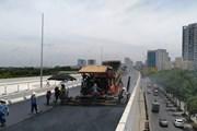 Thảm nhựa đường vành đai 3 trên cao đoạn Mai Dịch-Nam Thăng Long