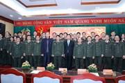 Trưởng ban Tuyên giáo TW chúc Tết cán bộ, chiến sỹ và các văn sỹ