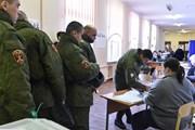Các cử tri ở Moskva bắt đầu đi bỏ phiếu bầu Tổng thống Nga