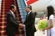 [Photo] Thủ tướng Campuchia Hun Sen đến Hà Nội tham dự WEF ASEAN 2018