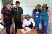 Cùng vun đắp tình đoàn kết anh em thủy chung Việt Nam-Cuba
