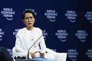 """Bà Aung San Suu Kyi bị tước danh hiệu """"Đại sứ của Lương tri"""""""