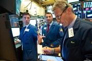 Thị trường chứng khoán thế giới sụt giảm trong phiên ngày 6/12